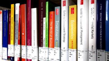 I deputati: si legge poco, la lettura fondamentale per crescita personale