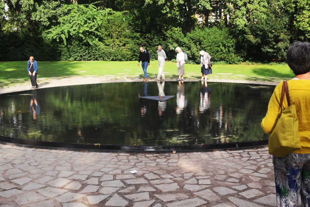 Berlino-Memoriale-Sinti-Rom