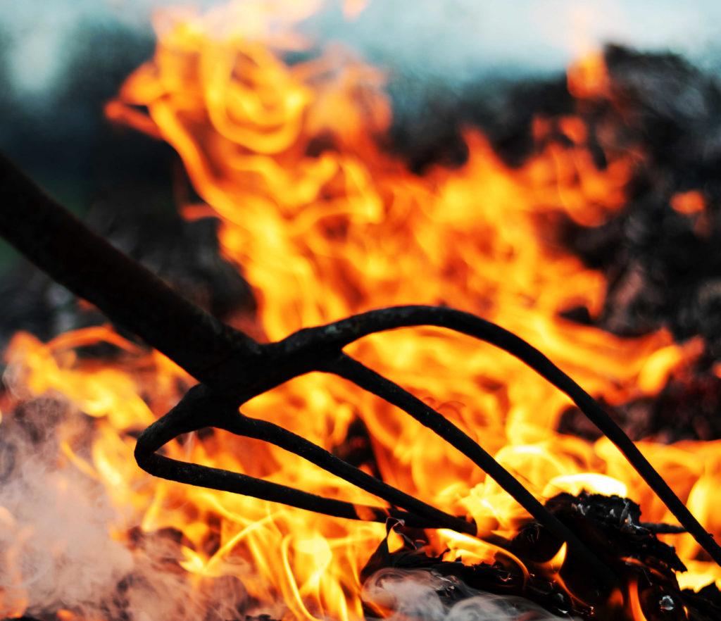 fuoco-satana