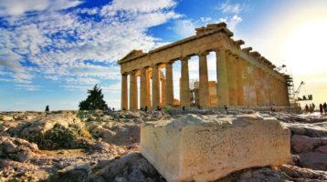 Grecia: tra contagi e fosse comuni, si attende la seconda ondata