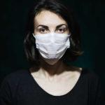 I falso dualismo virus (morte) o diritti umani