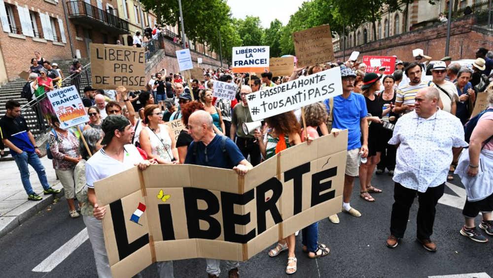 Liberte_PasdePass_Francia